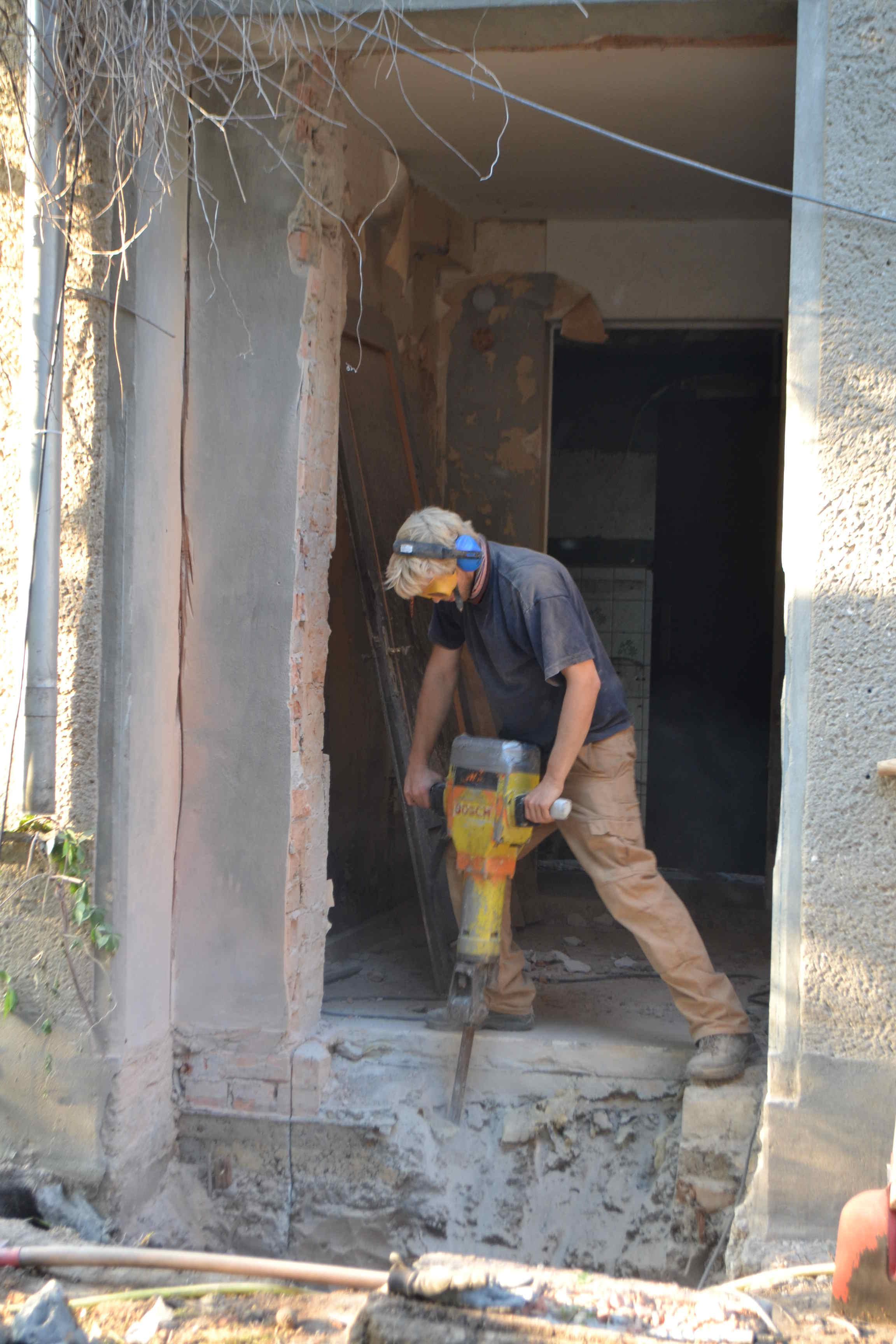Presslufthammer_Hinterhaus